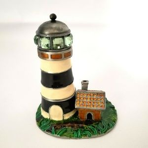 Objet D'Art Trinket Box Old Salt Lighthouse Releas